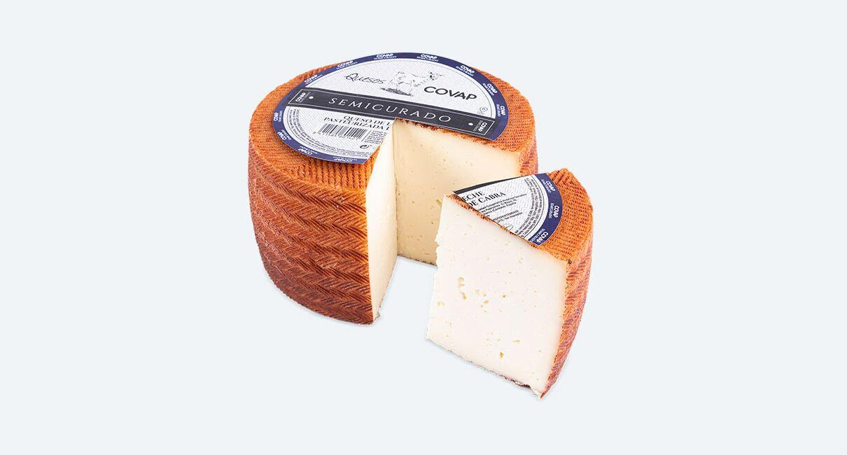 queso cabra leche pasteurizda semicurado 3kg cortada la cuña con etiqueta
