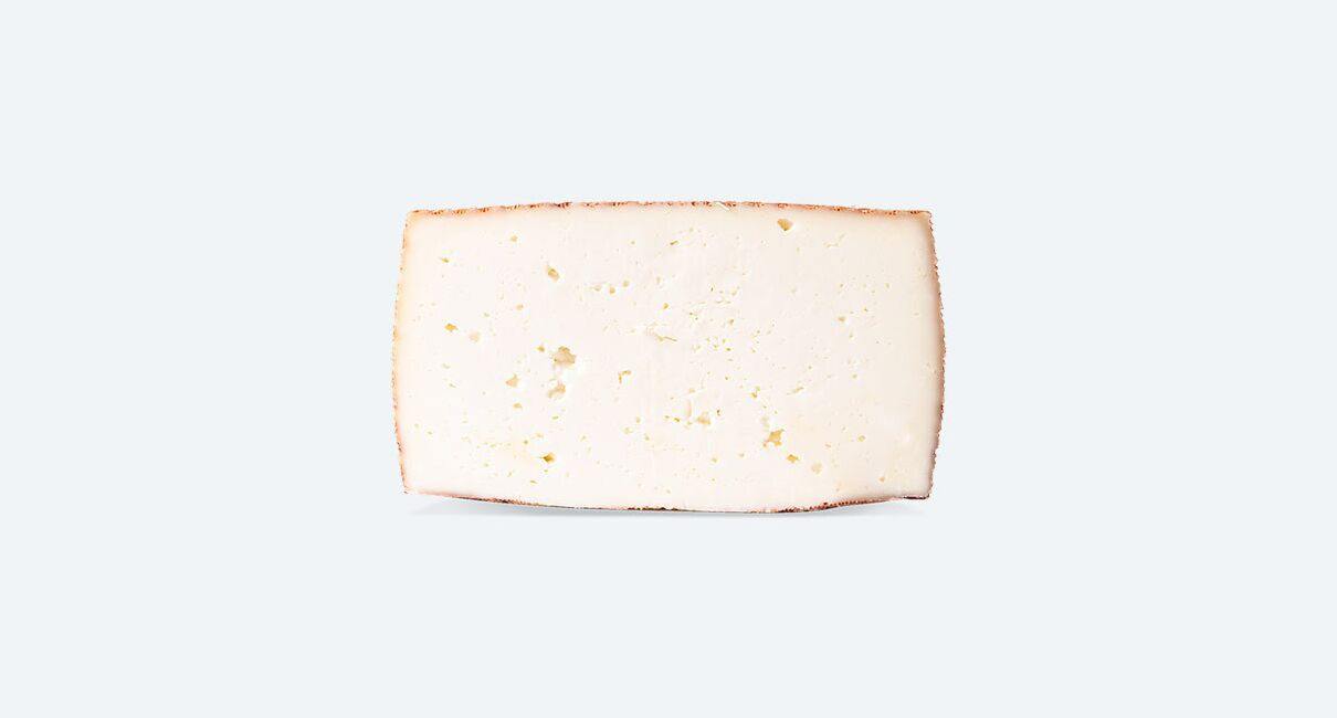queso cabra leche pasteurizda semicurado 3kg cortada la mitad